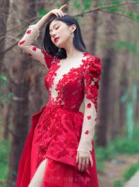 經典水鑽開叉紅禮服 | 八田伴伴 手作禮服婚物所